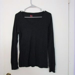 5/$15 - Black Long Sleeve V Neck Tee